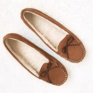 Shoes - Women's Chestnut Moccasin Slippers